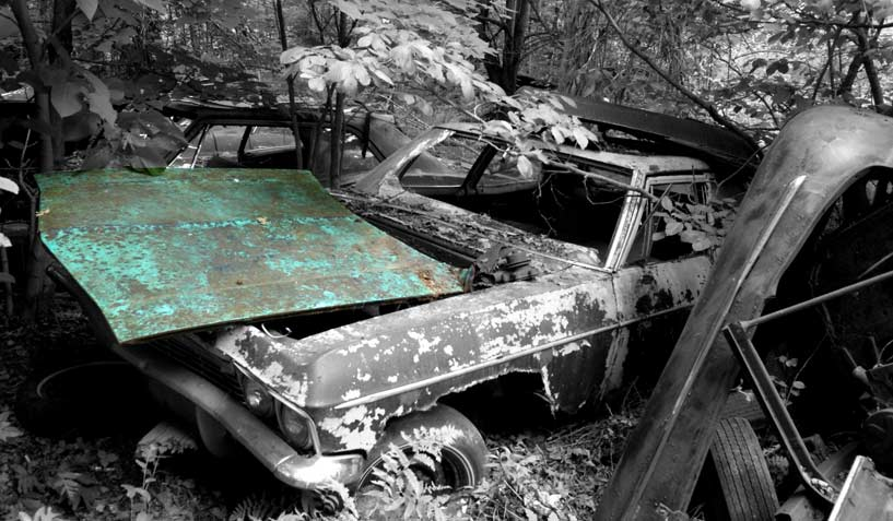 Chevrolet Belair 1965 car on which the hood was taken and is available for the creation of an industrial table or artwork.